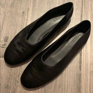 Vince black Maxwell flats - size 8.5